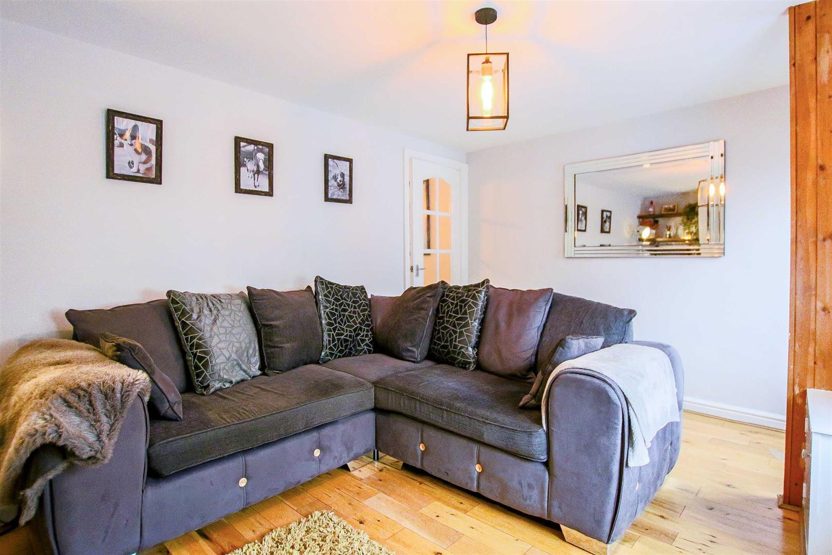2 Bedroom Terraced Cottage For Sale - Image 23